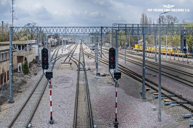 PKP remontuje linię z Grodziska do Warszawy PKP SA