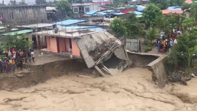 Tragiczna powódź, osuwiska. Rośnie bilans ofiar śmiertelnych