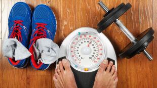 """Ćwiczysz, a waga ani drgnie? """"Mięśnie ważą więcej"""""""