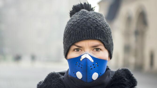 Smog oddziałuje na nasze zdrowie. <br />Nawet, kiedy już nie występuje